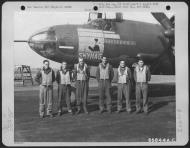 Asisbiz USAAF 42 95865 B 26B Marauder 391BG574BS 4LB Skyhag with Lt FJ Majka and crew England 8 Jun 1944 01