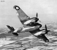 Asisbiz Beaufighter IF RAF 252Sqn PNB R2198 Chivenor Dec 1940 IWM CH2741