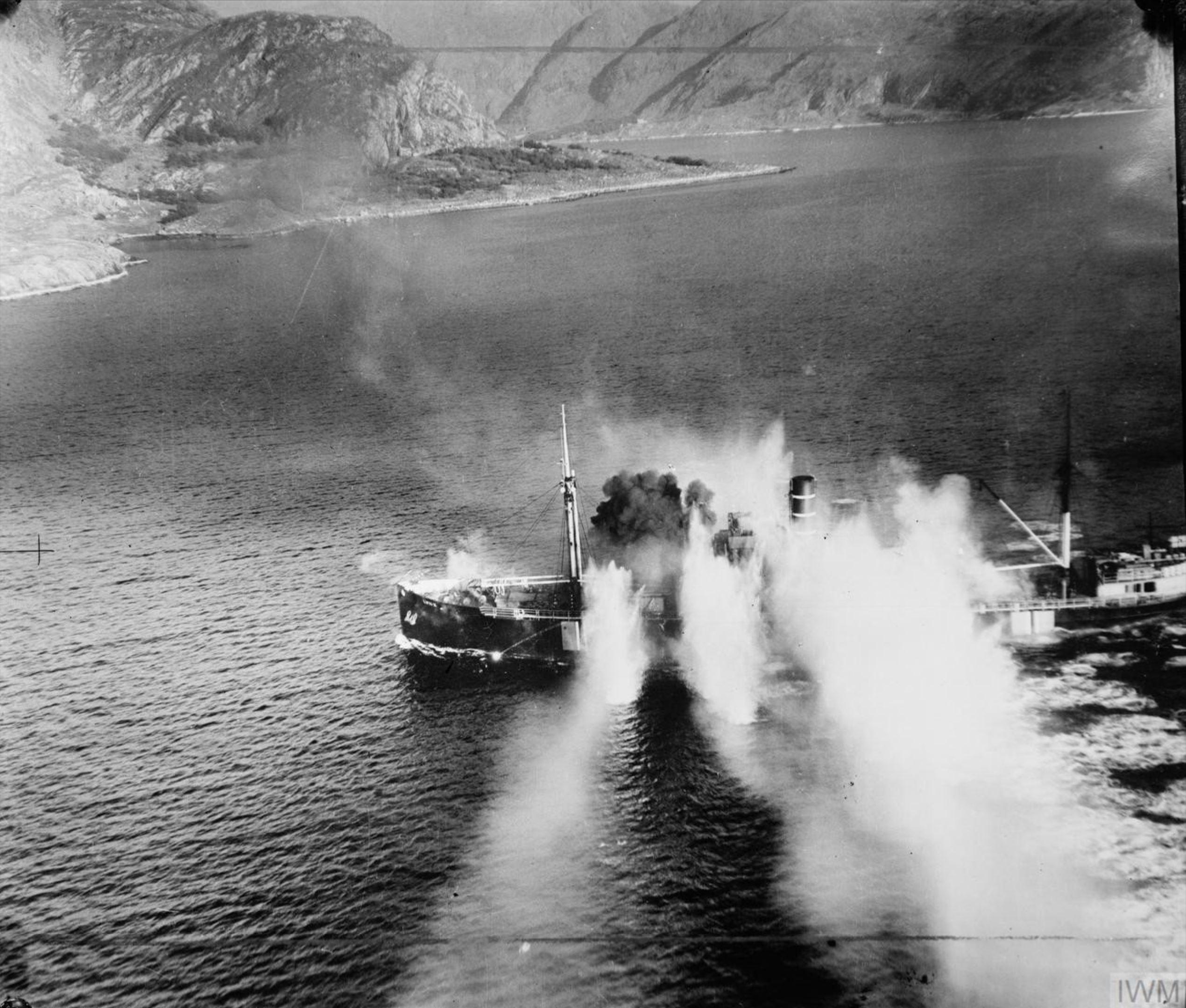 Beaufighter Banff Strike Wing sink 1,367 ton merchant vessel LYNX in Stav Fjord Norway 19 Sep 1944 IWM C4657