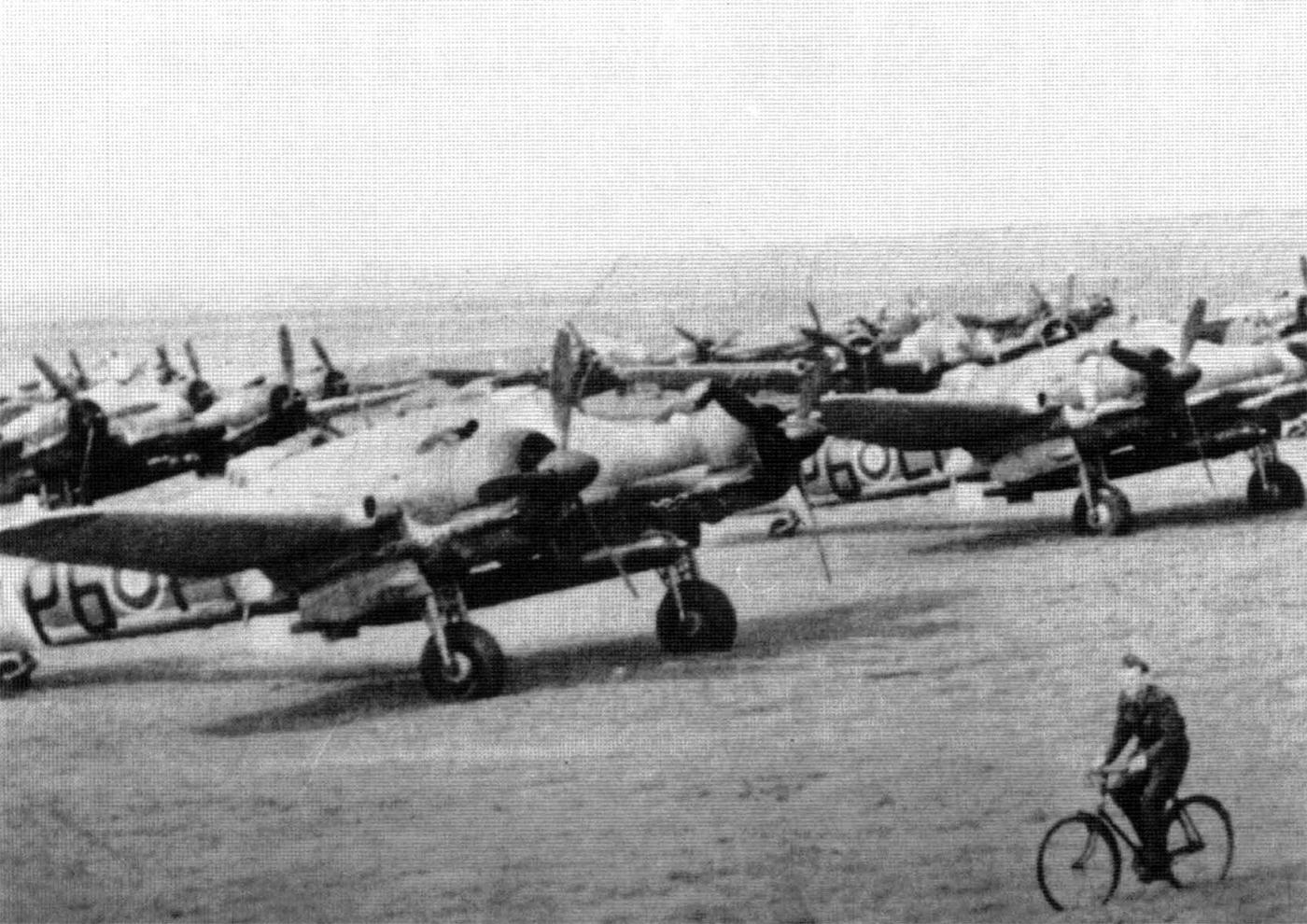 Beaufighter TFX RNZAF 489Sqn P6L1 RD432 WgCdr Derek Hammond 3rd May 1945 01