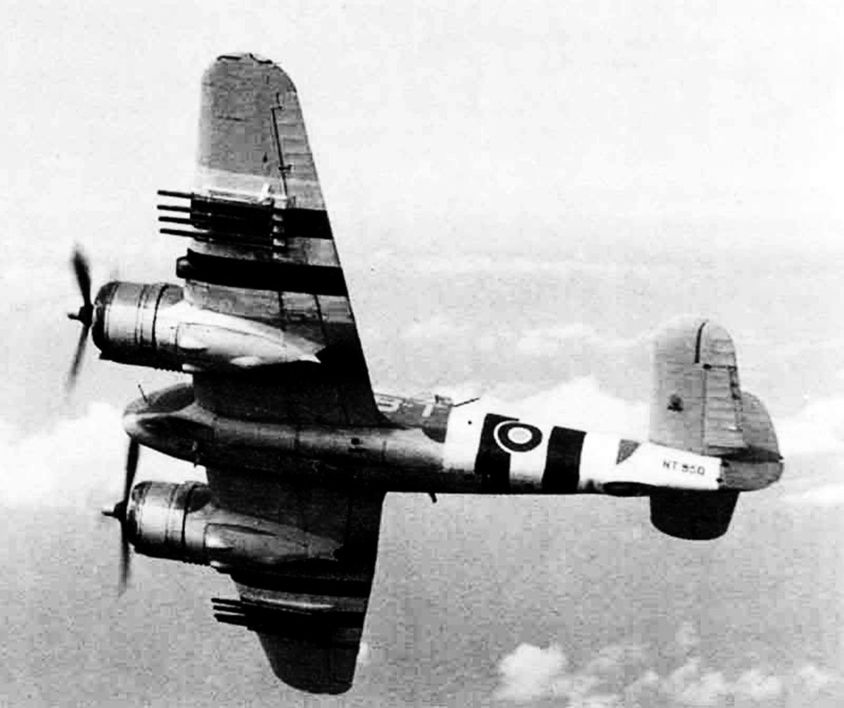 Beaufighter X RAF 236Sqn MBT NT950 North Coates June 1944 02