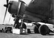 Asisbiz Beaufighter VIF RAF 96Sqn ZJR V8748 being re armed at Honiley 23rd March 1943 IWM CE17