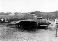 Asisbiz Beaufighter IC RAAF 30Sqn C A19 3 crash landing Ward Strip PNG 4th Dec 1942 01
