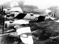 Asisbiz Beaufighter Mk21 RAAF 30 Target Towing Sqn A8 265 Australia 1948 02