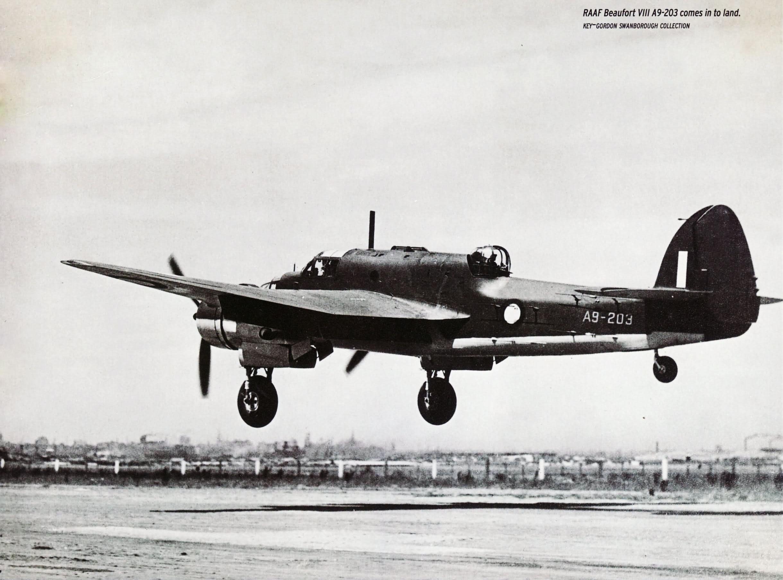 Bristol Beaufort RAAF A9 203 landing Australia 01