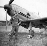 Asisbiz Messerschmitt Bf 109E3 4.JFS4 Monchengladbach 1941 01
