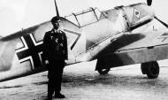 Asisbiz Aircrew Luftwaffe ace Erich Mix with Messerschmitt Bf 109E1 Stab JG53 (o+ Germany 1939