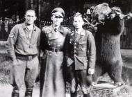 Asisbiz Aircrew Luftwaffe aces Hannes Trautloft with Wolfgang Falck JG54 1942 01
