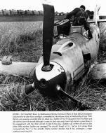 Asisbiz Messerschmitt Bf 109E1 Stab III.JG26 Werner Bartels WNr 6296 force landed Kent 24th Jul 1940 07