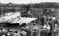 Asisbiz Messerschmitt Bf 109E1 Stab III.JG26 Werner Bartels WNr 6296 on display at Croydon Aug 1940 IWM HU54510