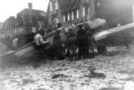 Asisbiz Messerschmitt Bf 109E4 Stab II.JG26 landed on the beach De Panne Belgium 1940 ebay 01