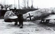 Asisbiz Messerschmitt Bf 109E4B Stab I.JG26 Rolf Pingel being positioned for take off France Nov 1940 01