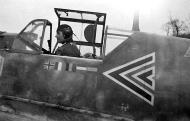 Asisbiz Messerschmitt Bf 109E4B Stab I.JG26 Rolf Pingel checking the aircraft systems France Nov 1940 01