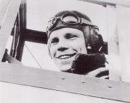 Asisbiz Aircrew Luftwaffe ace 7.JG26 Ernst Laube Gela Sicily May 1941 01