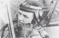 Asisbiz Aircrew Luftwaffe ace and ex Olympian Joachim Muncheberg receiving field orders 01