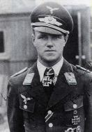 Asisbiz Aircrew Luftwaffe ace and ex Olympian Joachim Muncheberg with his Knights Cross 01