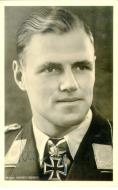 Asisbiz Aircrew Luftwaffe ace and ex Olympian Joachim Muncheberg with his Knights Cross with diamonds 03
