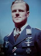 Asisbiz Aircrew Luftwaffe ace and ex Olympian Joachim Muncheberg with his Knights Cross with diamonds 05