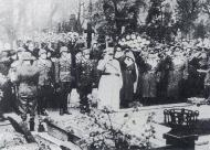 Asisbiz A full military honor funeral was held for Werner Molders after his tragic death Nov 28 1941 05