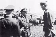 Asisbiz Aircrew Luftwaffe ace 5.JG54 Hannes Trautloft Russia Aug 6 1941 01