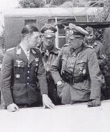 Asisbiz Aircrew Luftwaffe ace Werner Molders and Generaloberst Heinz Guderian 02