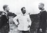 Asisbiz Aircrew Luftwaffe aces Werner Molders with Galland and Goring 01