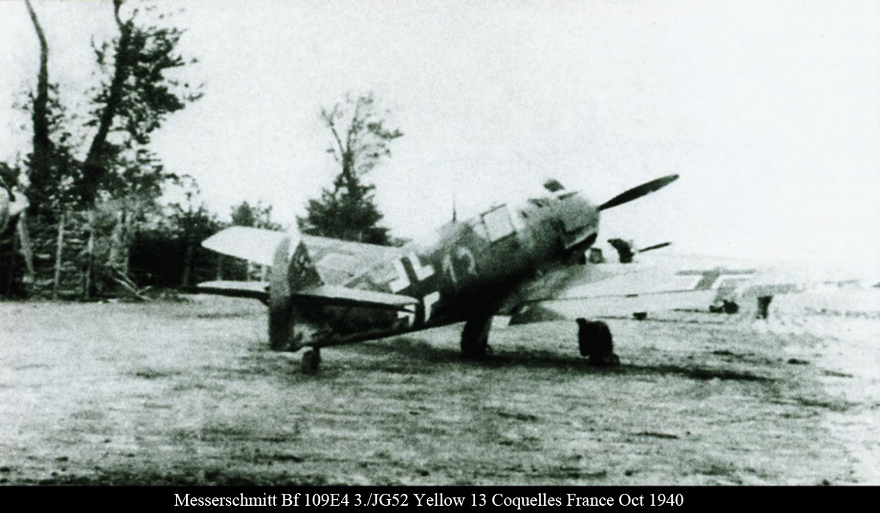Messerschmitt Bf 109E4 3.JG52 Yellow 13 Coquelles France Oct 1940 01