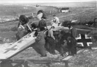 Asisbiz Messerschmitt Bf 109E 1.JG54 White 6 landing mishap ebay 04