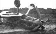 Asisbiz Messerschmitt Bf 109E 1.JG54 White 6 landing mishap ebay 07