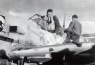 Asisbiz Messerschmitt Bf 109E3 2.JG52 Black 5 Helmut Bennemann Calais France 1940 04