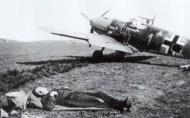 Asisbiz Messerschmitt Bf 109E4 1.JG52 White 1 Johannes Steinhoff Germany 1941 01