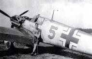 Asisbiz Messerschmitt Bf 109E4 3.JG52 Yellow 5 France 1940 01