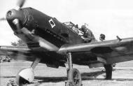 Asisbiz Messerschmitt Bf 109E3 Jagdgeschwader 53 in early war camouflage running its engine 01