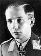 Asisbiz Aircrew Luftwaffe ace pilot 7.JG54 Max Hellmuth Ostermann 01