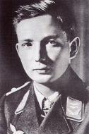 Asisbiz Aircrew Luftwaffe ace pilot 8.JG54 Max Hellmuth Ostermann 1942 01