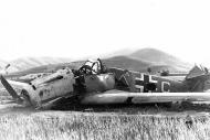 Asisbiz Messerschmitt Bf 109E3B 4.(S)LG2 Triangle White C named Hinz Vogeler belly landed Kriklino Greece 1941 01
