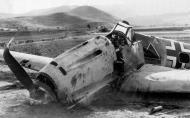 Asisbiz Messerschmitt Bf 109E3B 4.(S)LG2 Triangle White C named Hinz Vogeler belly landed Kriklino Greece 1941 02