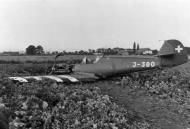 Asisbiz Messerschmitt Bf 109E3 Swiss Flieger Kompagnie FlKp15 J380 WNr 2361 Neuchatel lake date unknown 01
