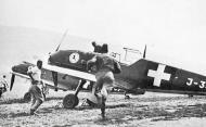 Asisbiz Messerschmitt Bf 109E3 Swiss Flieger Kompagnie FlKp15 during a scramble mission Switzerland 01