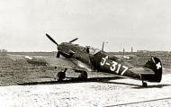 Asisbiz Messerschmitt Bf 109E3 Swiss J317 WNr 2165 Switzerland 02