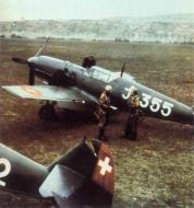 Asisbiz Messerschmitt Bf 109E3 Swiss J355 WNr 2422 color photo Switzerland 01