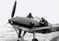 Asisbiz Messerschmitt Bf 109E3 Swiss J3xx autumn 1939 01