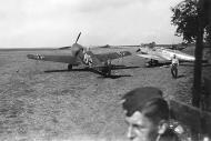 Asisbiz Messerschmitt Bf 109E1 5.ZG1 Red 15 Germany 1939 02