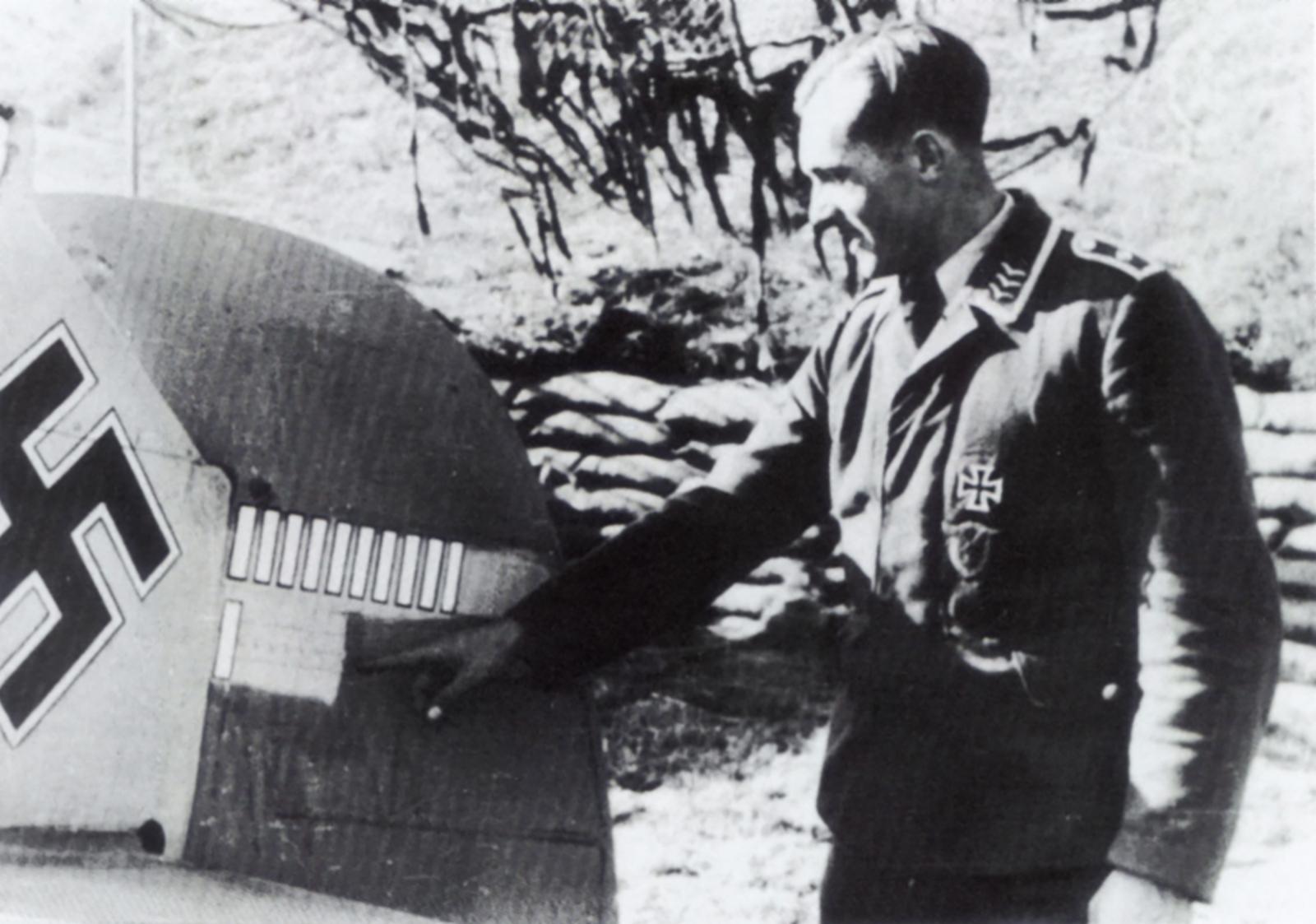 Aircrew Luftwaffe JG2 ace Siegfried Schnell France Sep 1940 01