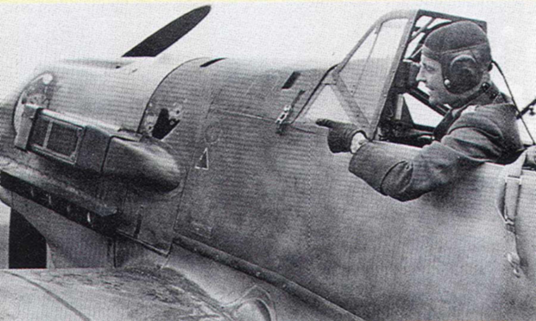 Messerschmitt Bf 109E4Trop 3.JG27 Hans Joachim Marseile April 6 1941 01