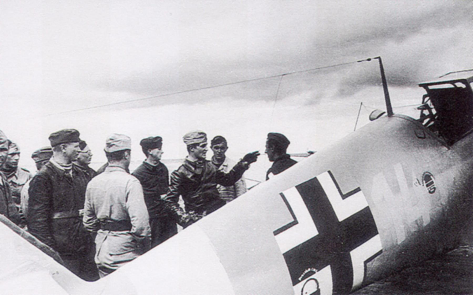 Messerschmitt Bf 109F4Trop 3.JG27 Yellow 14 Hans Joachim Marseille Martuba 1942 02