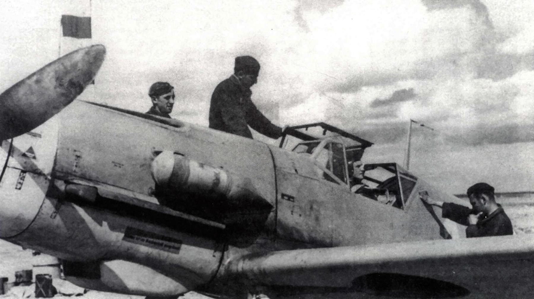 Messerschmitt Bf 109F4Trop 3.JG27 Yellow 14 Hans Joachim Marseille Martuba 1942 03