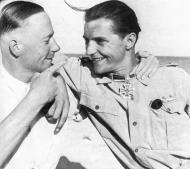 Asisbiz Aircrew Luftwaffe .JG27 ace Hans Joachim Marseille and Fritz Dettmann