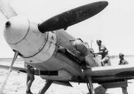 Asisbiz Aircrew Luftwaffe JG27 ace Hans Joachim Marseille North Africa 04