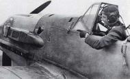 Asisbiz Aircrew Luftwaffe legend JG27 Hans Joachim Marseille 04